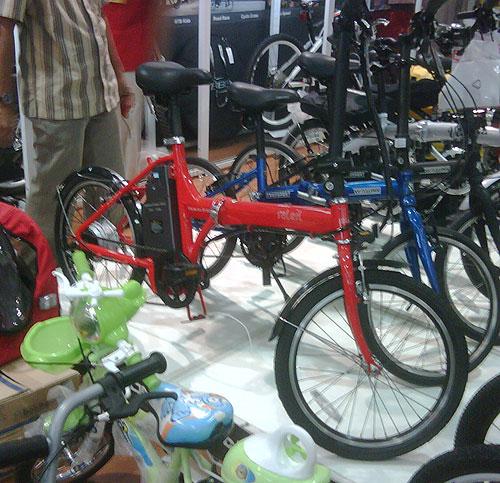 Sepeda lipat listrik yang dijual di ACE bisa jadi pilihan