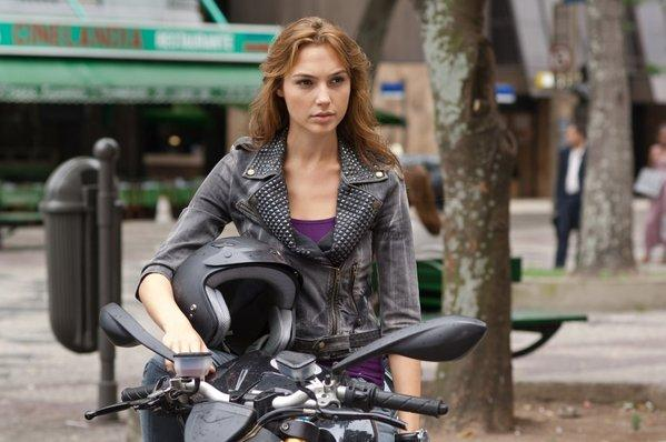 What do guys think of girls with motorcycles? - GirlsAskGuys