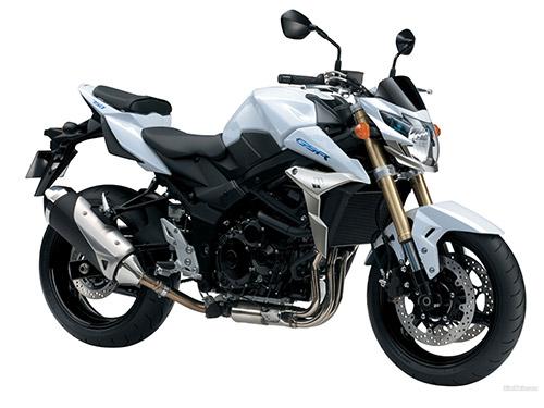 Suzuki_GSR_750_2011_05_1600x1200