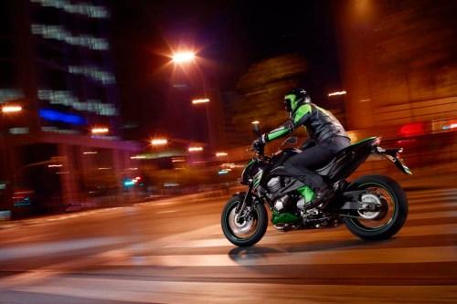 Kawasaki-Ninja-Z800-2013-Wakmizie (21)