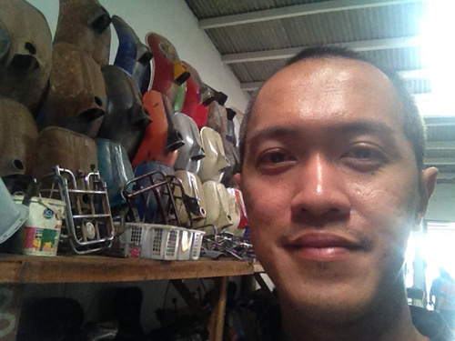 Bertamu di kolektor Vespa Pal Merah Jakarta