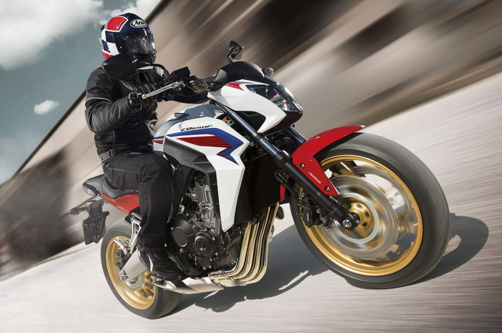 2014-Honda-CB650F-in-action