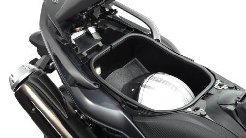 2014-Yamaha-T-MAX-ABS-EU-Tech-Graphite-Detail-009